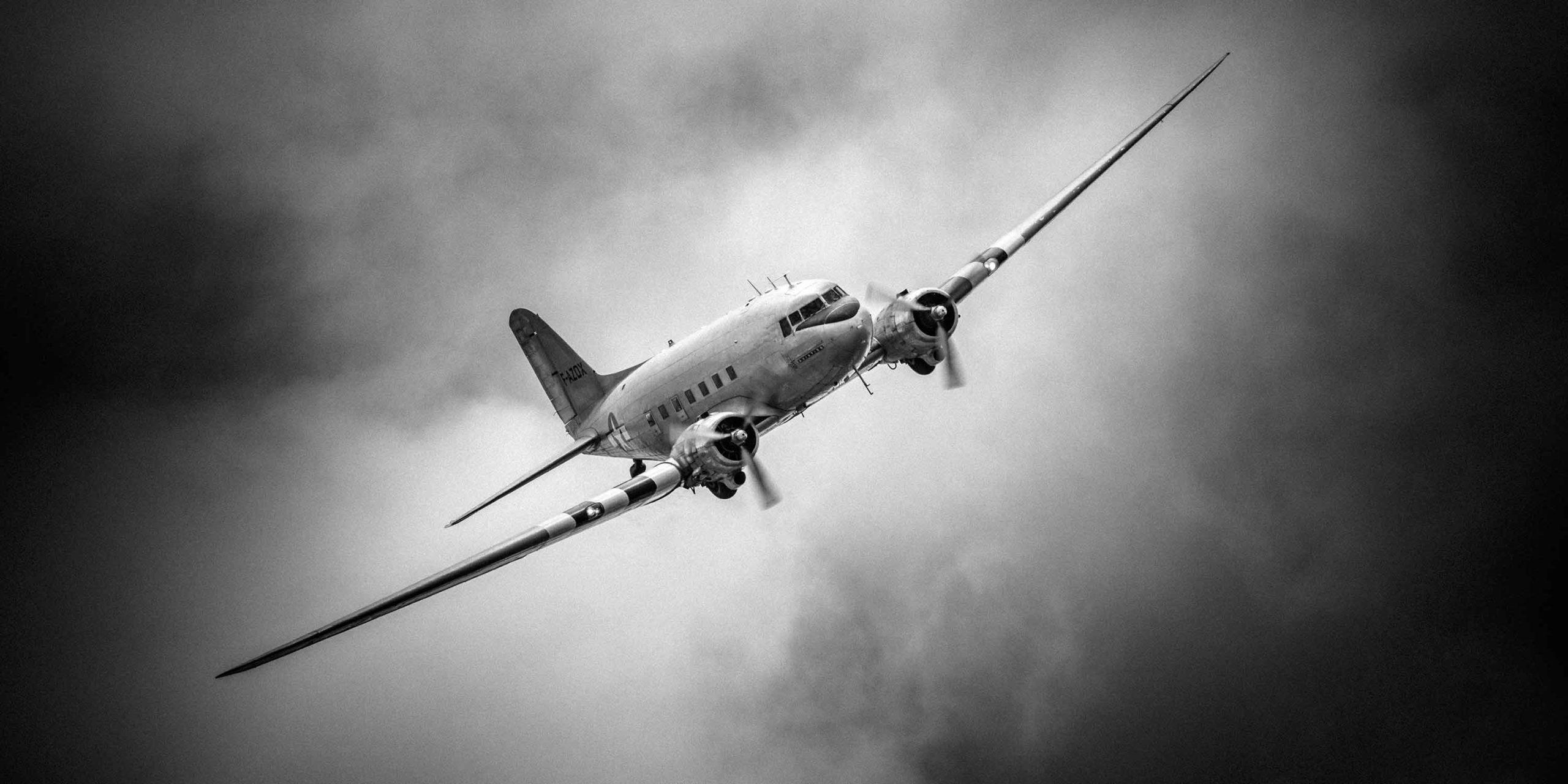 Airplane DC3 Dakota